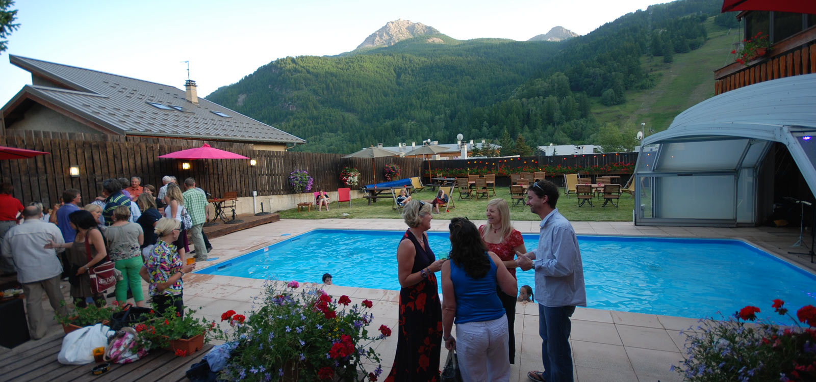 pool-party-hotel